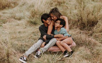 3 Easy Steps To Being Present In Motherhood